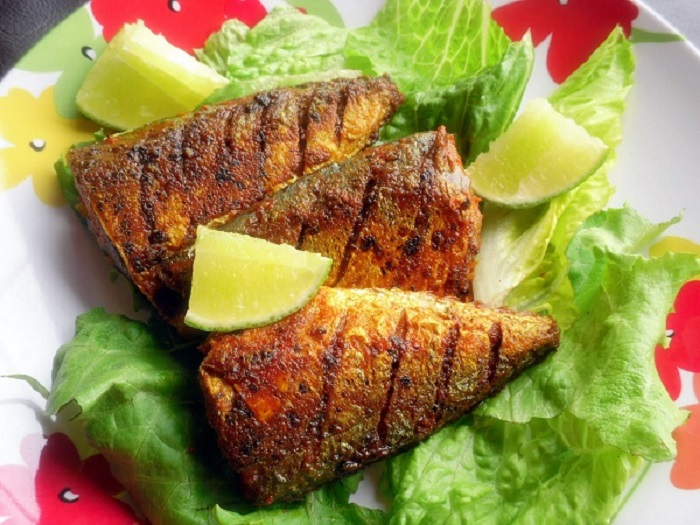 Image Source  http://mavilaskitchen.blogspot.in/2011/06/mackerel-ayila-fry.html