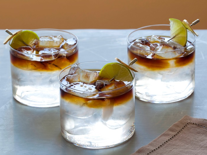 Photo Credit http://www.foodnetwork.com/recipes/brian-boitano/dark-and-stormy-recipe.html
