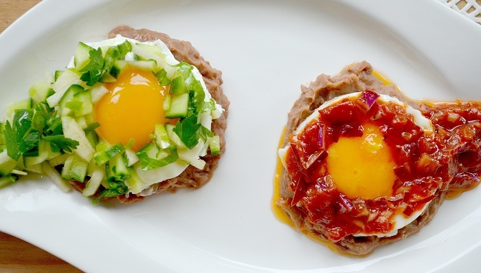Photo Credit http://oiyoufood.com/2013/06/23/divorced-eggs-huevos-divorciados/