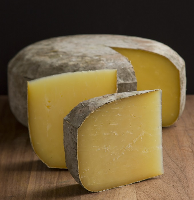 Photo Credit http://www.gourmetretailer.com/top-story-awards-manchego_takes_top_honor_at_world_cheese_awards-10890.html