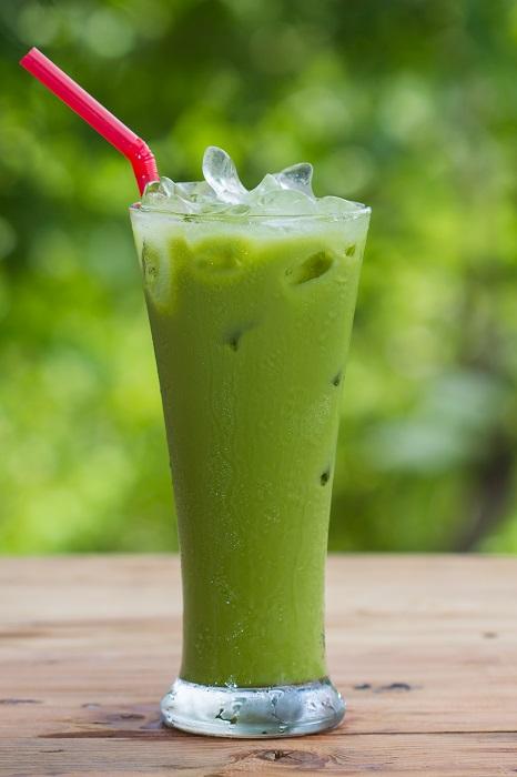 Photo Credit:  http://juicinghealthbenefits.net/sweet-green-matcha-smoothie/