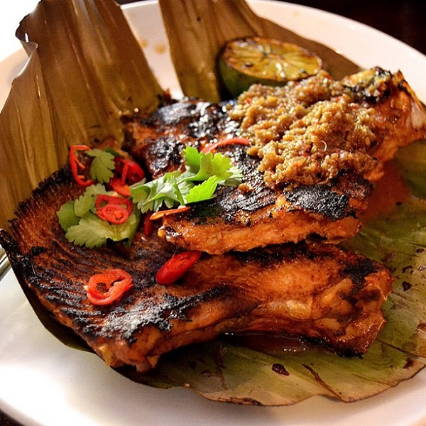 Image Sourcehttp://hawkerbar.com/2014/10/23/the-chili-sambal-stingray-is-back/