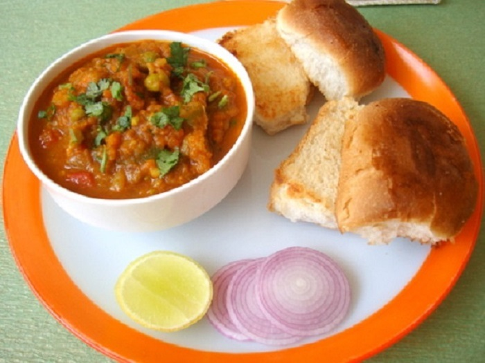 Image Source http://www.sailusfood.com/2010/03/17/pav-bhaji/