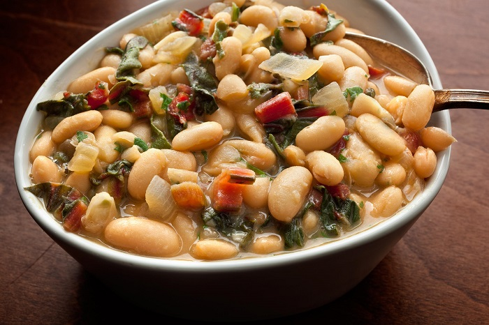 Photo Credit http://www.chow.com/recipes/14157-braised-white-beans-with-chard
