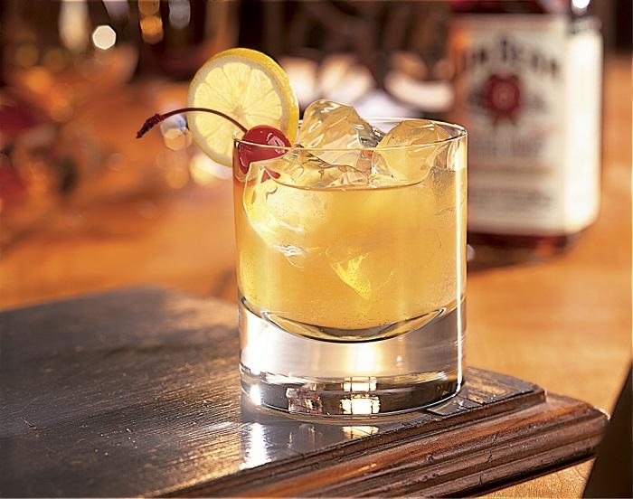 Photo Credit http://www.carolinaheritageco.com/history-of-whiskey/the-whiskey-sour/