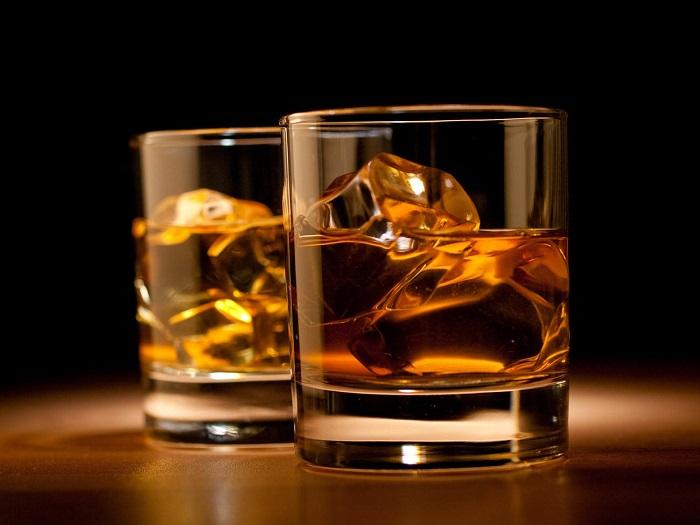 Photo Credit http://www.gentlemansgazette.com/american-whiskey101-a-beginner/