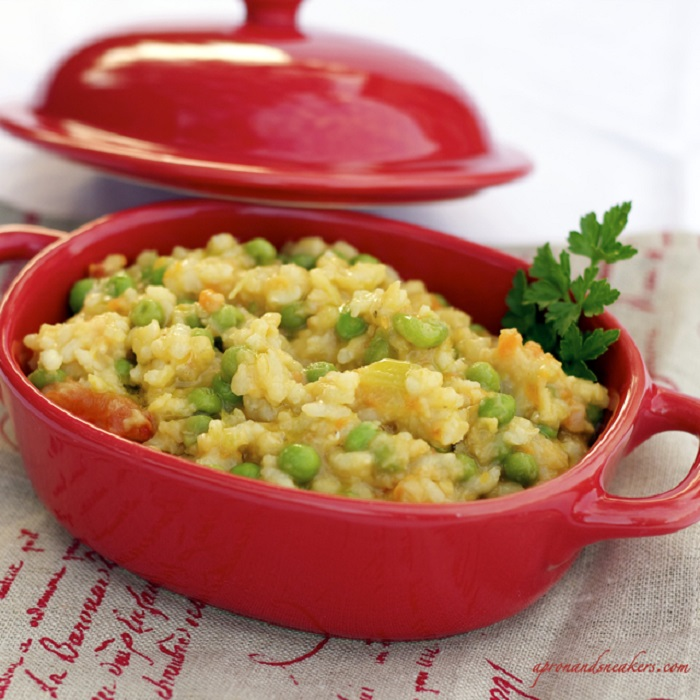 Photo Credit http://www.apronandsneakers.com/2012/01/risotto-with-red-lentils-green-peas.html