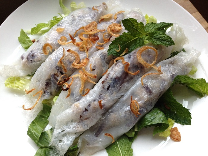 Photo Credit  http://kathynle.com/2013/01/01/banh-cuon/