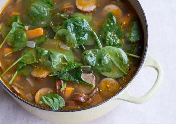 Photo Credit: http://www.thevintagemixer.com/2014/01/sweet-potato-spinach-and-quinoa-soup-recipe/
